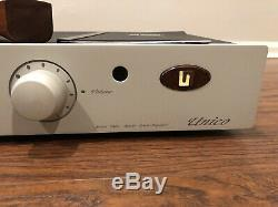 Unison Research Unico Hybrid MOSFET Integrated Amplifier With Mullard Tubes